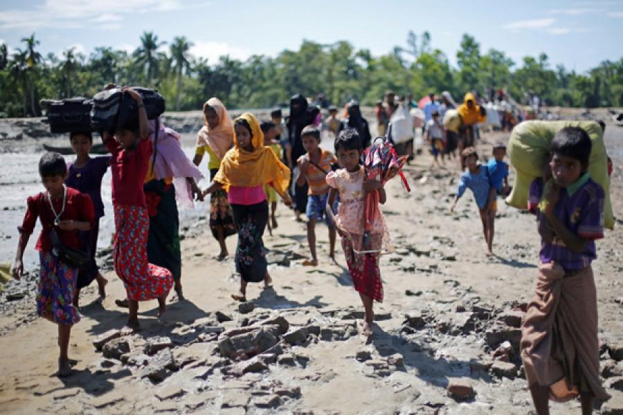 Dhaka wants peaceful resolve of Rohingya issue: FM