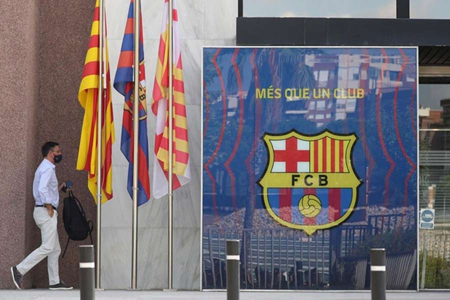 Barcelona club postpones presidential election over COVID-19 fears