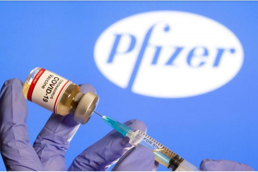 Pfizer temporarily reduces European deliveries of vaccine