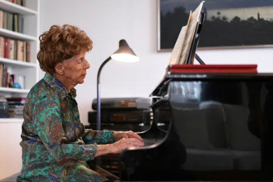 French 106-year-old pianist to release sixth album