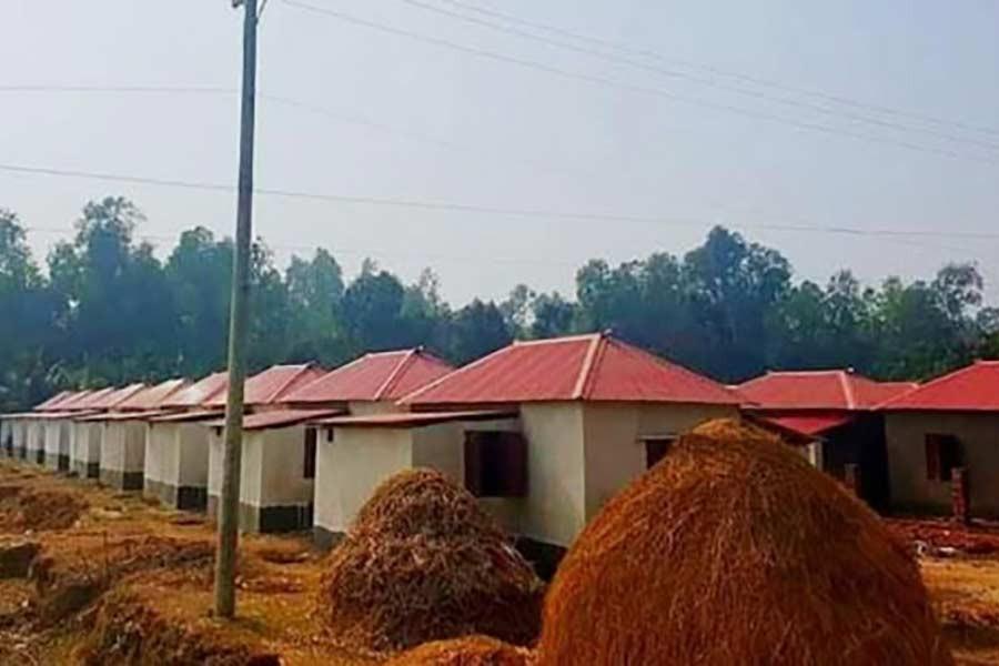 8,000 ethnic minority families get permanent address in Mujib Year