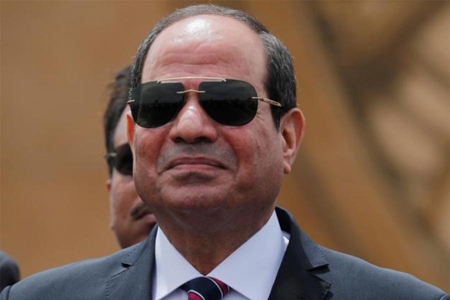 Ship backlog reaffirms importance of Suez Canal, Egypt's president says