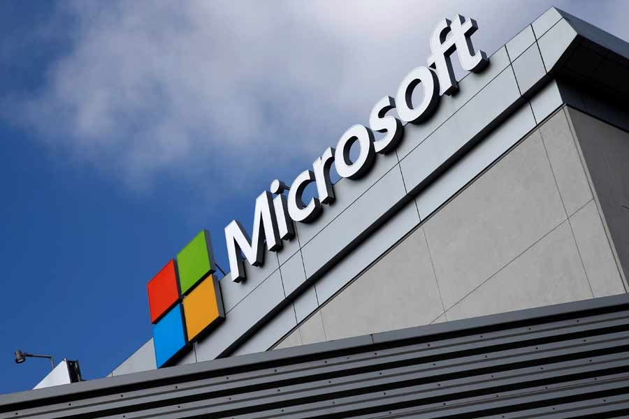 Microsoft to invest $1.0b in Malaysia to set up data centres
