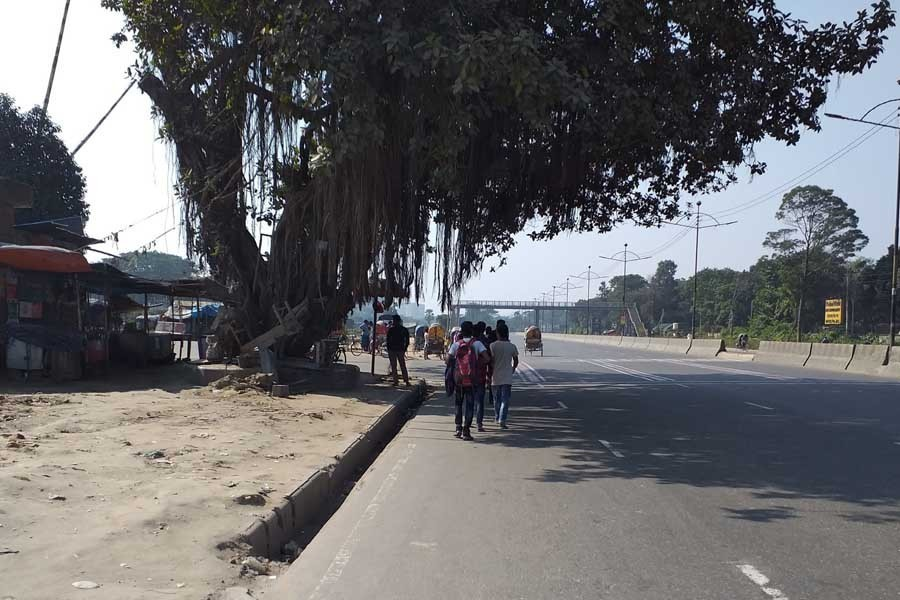 Dhaka city empty, silent after a buzzing Eid day