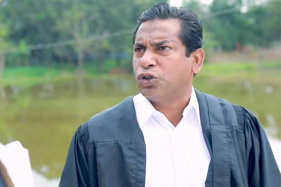 Actor Mosharraf Karim faces lawsuit for 'insulting' lawyers in drama