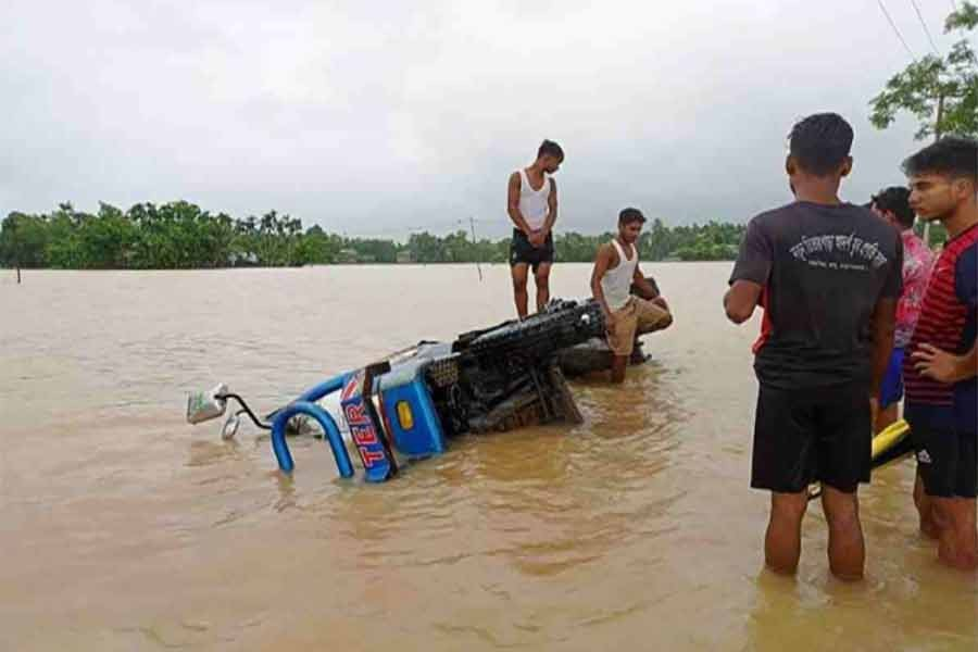 Flood-hit people in Cox's Bazar facing shortage of food, drinking water