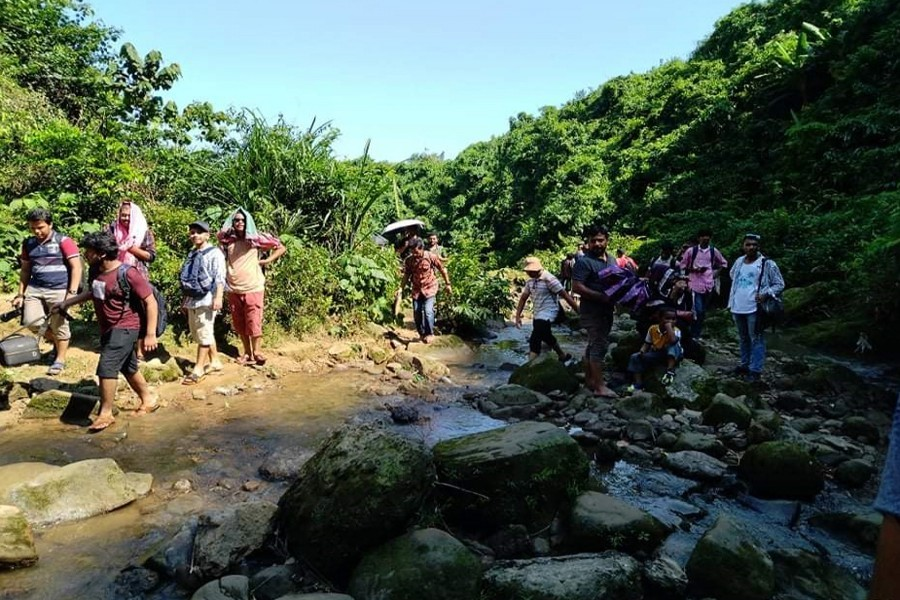 Tourists flock to hills after lockdown is lifted. The photo was taken from Chandradinga hill in Kalmakanda Rangchati union in Netrakona — FE Photo