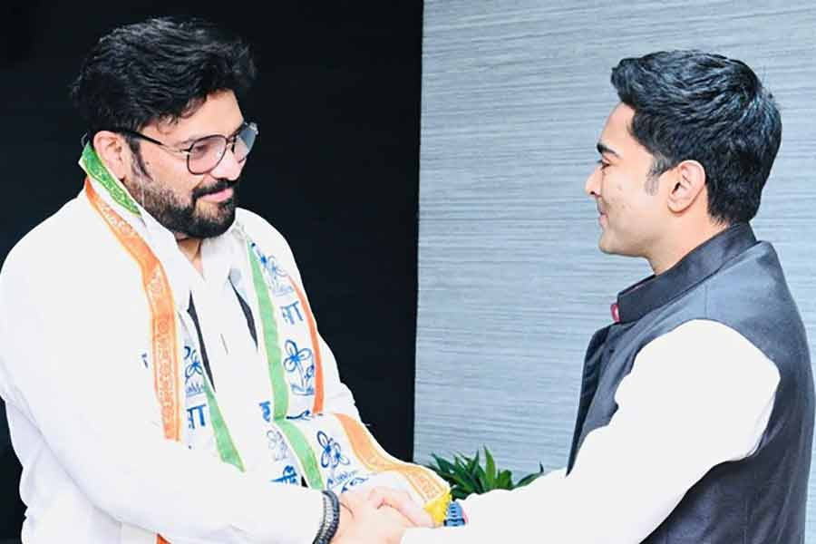 Babul Supriyo joins Trinamool months after being dropped from Modi cabinet