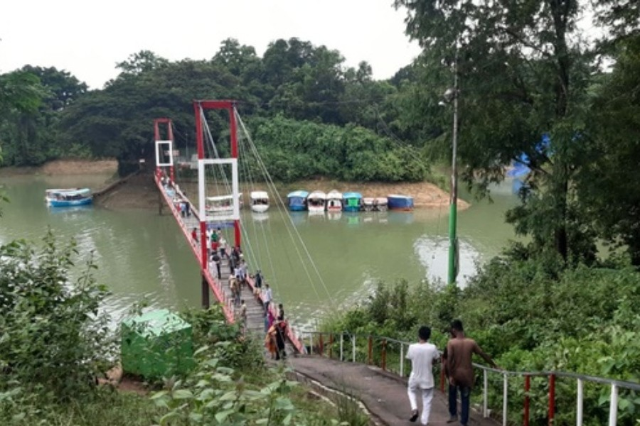 Rangamati tourist centres have reopened, but they are yet to draw tourists amid the coronavirus pandemic - Collected
