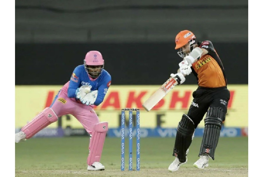 Sun Risers Hyderabad beat Rajasthan Royals by 7 wickets