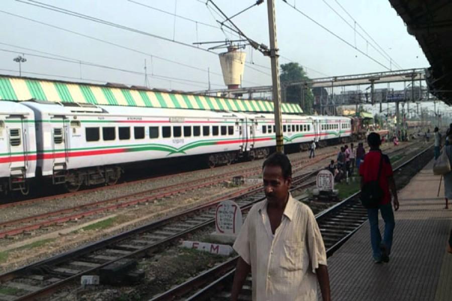 New India-Bangladesh rly line to start 2019