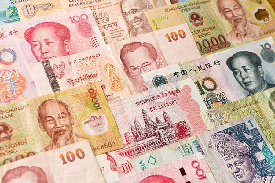 Most Asian currencies gain