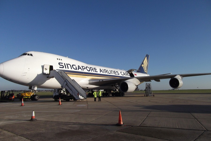 Singapore Airlines selects Airbus  to overhaul A380 fleet