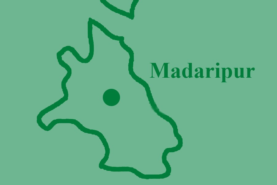 Rivals torch 14 houses in Madaripur