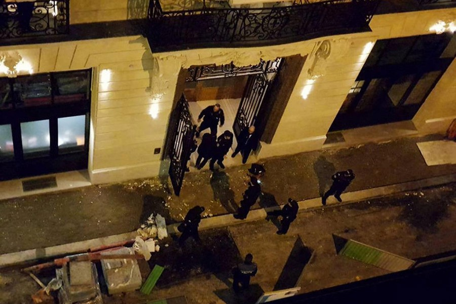 A general view of the scene after axe-wielding robbers stole jewelry on Wednesday from a store in the famed Ritz Paris hotel in Paris, France. - Reuters photo