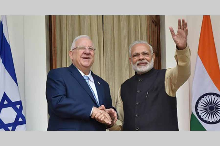 India, Israel inks defence deal among others