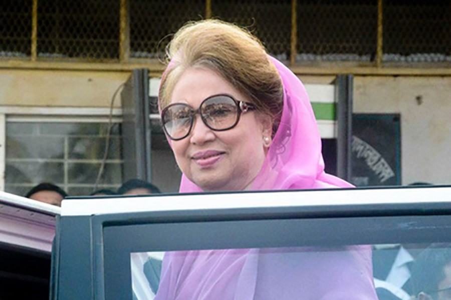 Family members meet Khaleda in prison