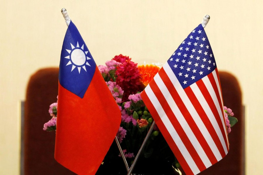 Flags of Taiwan and US are placed for a meeting between US House Foreign Affairs Committee Chairman Ed Royce speaks and with Su Chia-chyuan, President of the Legislative Yuan in Taipei, Taiwan March 27, 2018 - REUTERS/Tyrone Siu/File Photo