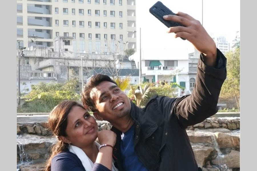 Inter-caste couple makes sacrifice for love in India