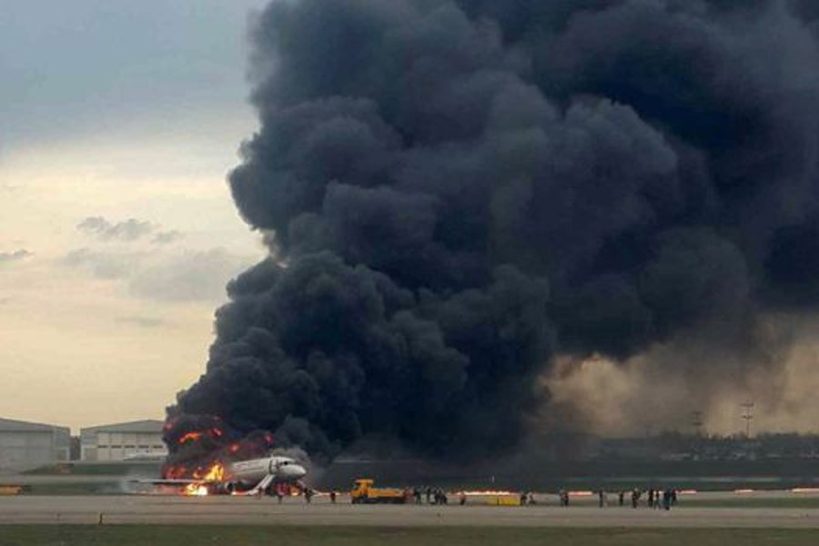 Russia jet 'struck by lightning' crashes, 46 killed