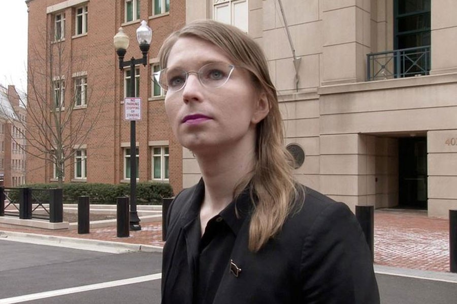 Former US Army intelligence analyst Chelsea Manning speaks to reporters outside the US federal courthouse shortly before appearing before a federal judge and being taken into custody as he held her in contempt of court for refusing to testify before a federal grand jury in Alexandria, Virginia, US March 8, 2019 - Reuters file photo