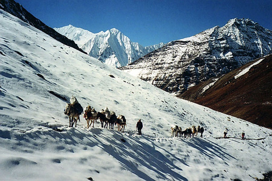 Nepal eyes 2m tourists in 2020