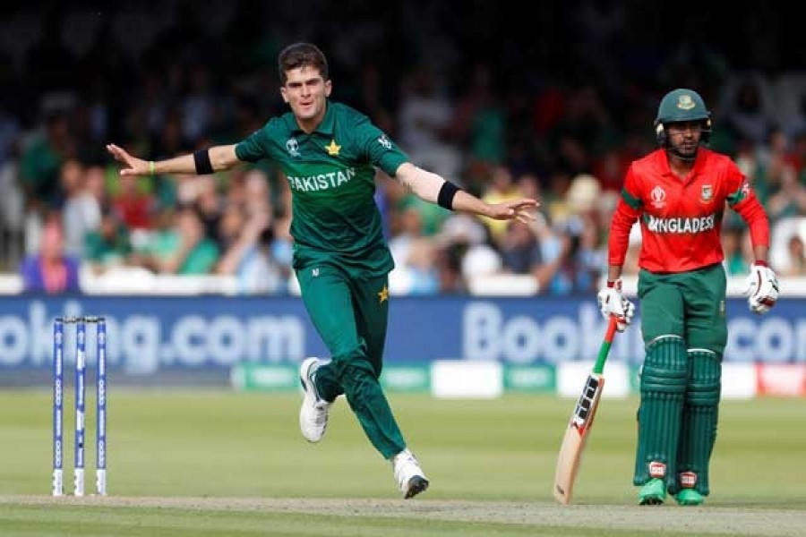 Cricket - ICC Cricket World Cup - Pakistan v Bangladesh - Lord's, London, Britain - July 5, 2019 Pakistan's Shaheen Afridi celebrates taking the wicket of Bangladesh's Mahmudullah Action Images via Reuters
