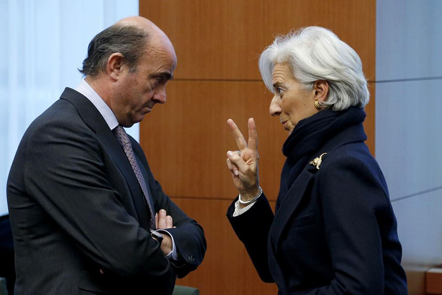 CHRISTIAN LAGARDE (RIGHT) HAS BEEN NOMINATED AS PRESIDENT OF THE EUROPEAN CENTRAL BANK (ECB) AND LUIS DE GUINDOS HAS BEEN VICE-PRESIDENT OF ECB SINCE MARCH, 2018: Luis de Guindos, then Spain's Economy Minister, listens to Christine Lagarde, then International Monetary Fund (IMF) Managing Director , during an euro zone finance ministers meeting at the European Union Council in Brussels on February 11, 2013.              — Photo: Reuters