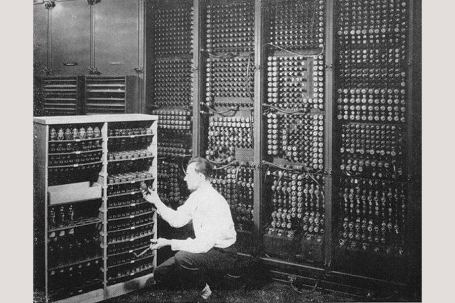 Replacing a bad tube meant checking among ENIAC's 19,000 possibilities.  —Photo courtesy: Wikipedia