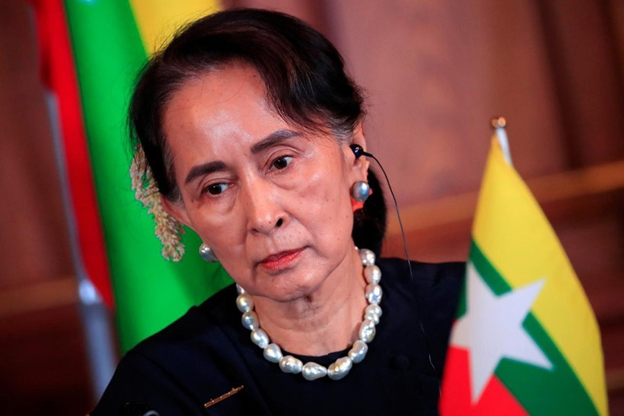 Myanmar's State Counsellor Aung San Suu Kyi attends the joint news conference of the Japan-Mekong Summit Meeting at the Akasaka Palace State Guest House in Tokyo, Japan on October 9, 2018 — Reuters/File