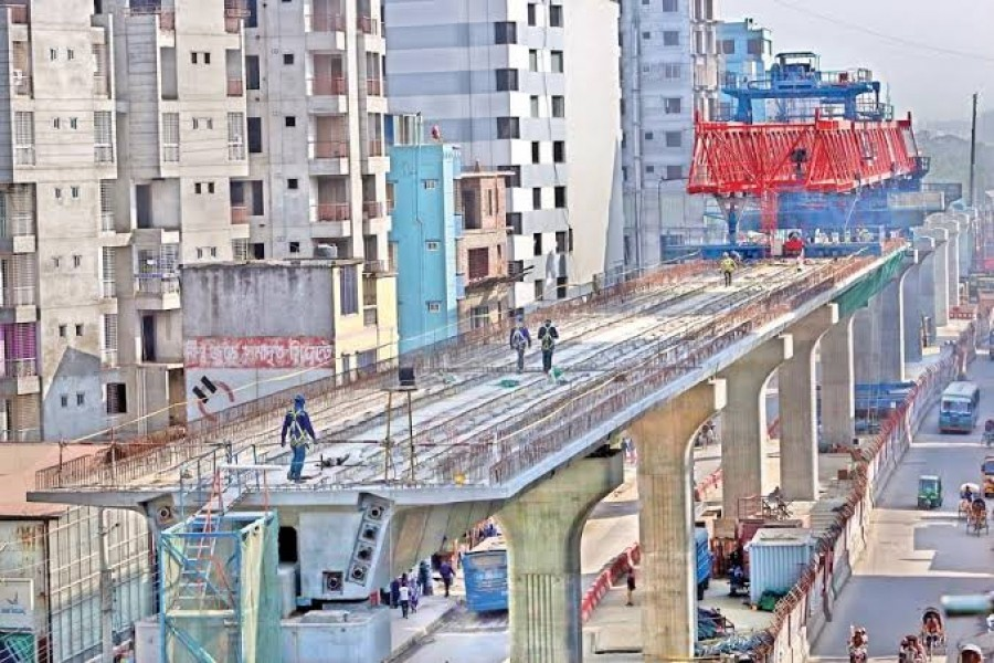 Metro rail tracks set to be installed in November