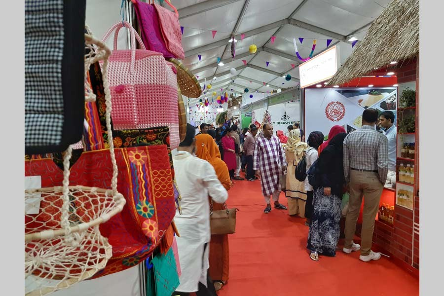 Development fair attracted huge crowd on Friday