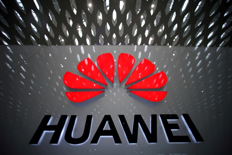 US to extend its cos' licence for business with Huawei