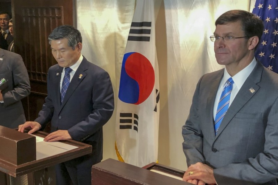 US Defence Secretary Mark Esper, right, and South Korea defence Minister Jeong Kyeong-doo attend a press conference in Bangkok, Thailand, Sunday, Nov. 17, 2019. (AP Photo/Robert Burns)