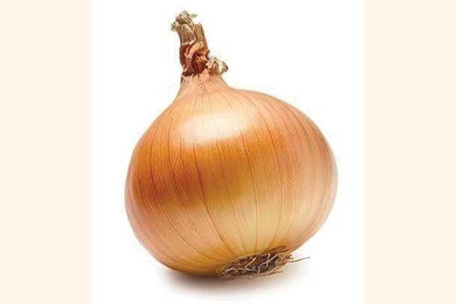 Govt to waive airport bills on onion import