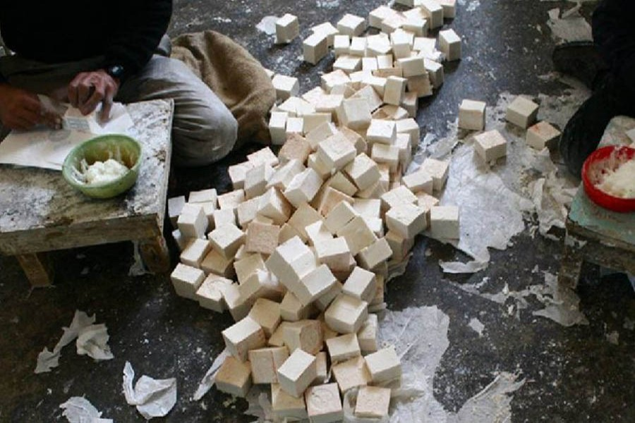 Israeli archaeologists discover 1,200-year old olive oil soap workshop