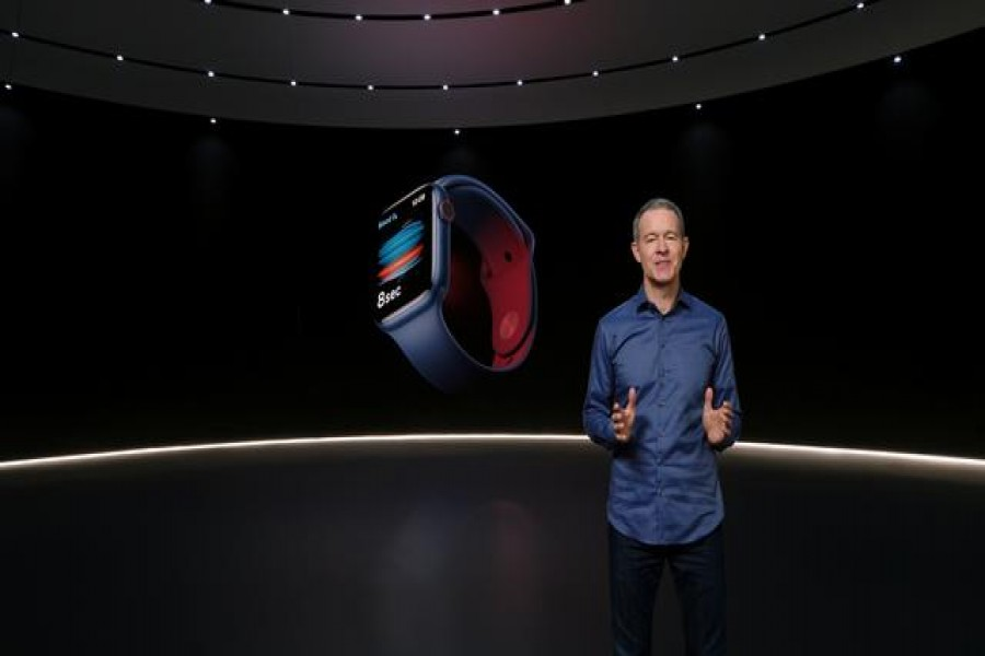 Apple's Chief Operating Officer Jeff Williams unveils Apple Watch Series 6 during a special event at the company's headquarters of Apple Park in a still image from video released in Cupertino, California, U.S. September 15, 2020. Apple Inc/Handout via REUTERS