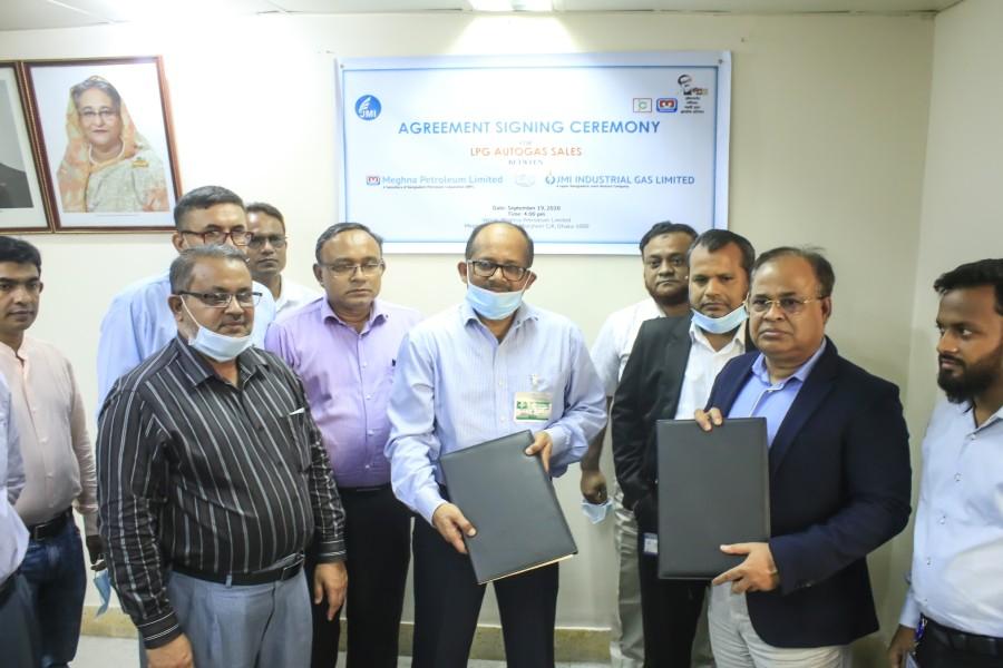 Meghna Petroleum, JMI sign deal to expand LPG business