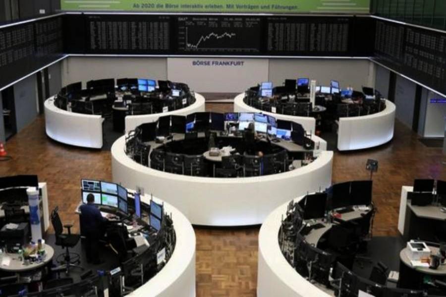 European shares bounce back from two-week lows