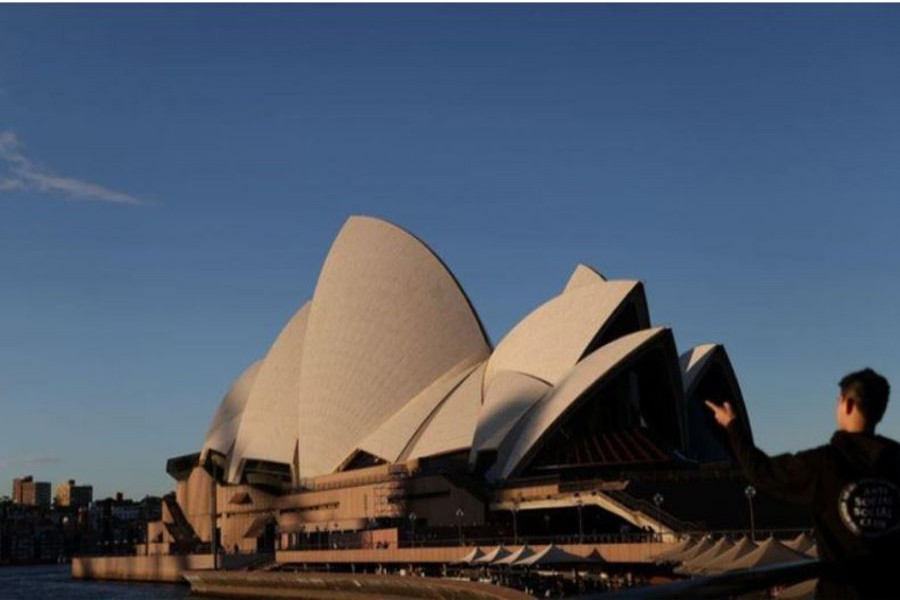The Sydney Opera House is seen following the easing of restrictions implemented to curb the spread of the coronavirus disease (COVID-19) in Sydney, Australia, Jun 23, 2020. REUTERS