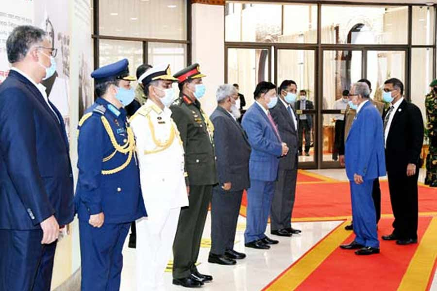 President returns home from UAE
