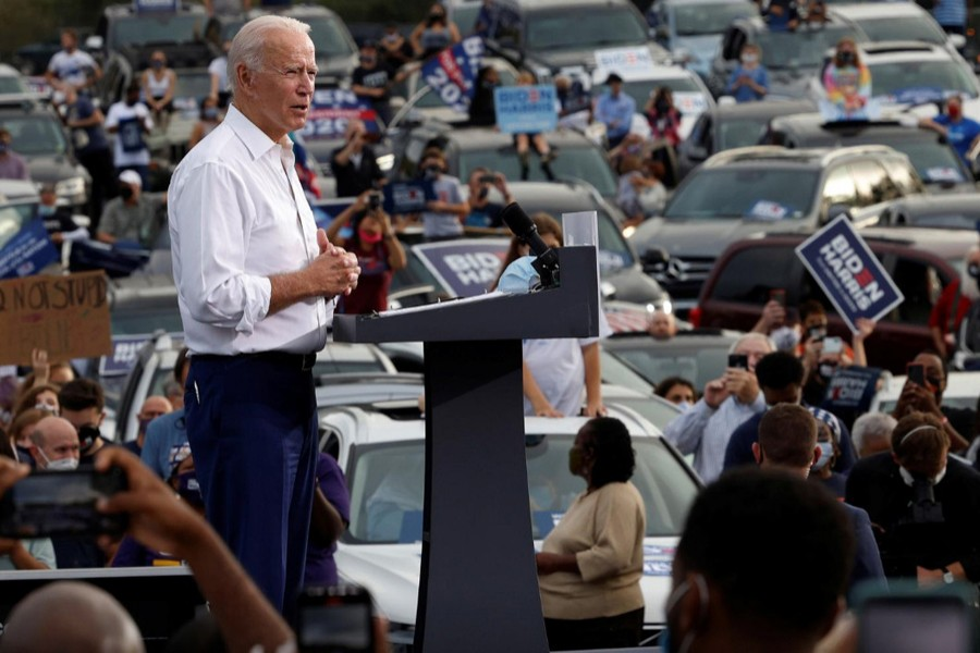 Biden thrusts into Trump country, Bloomberg funds Texas ads