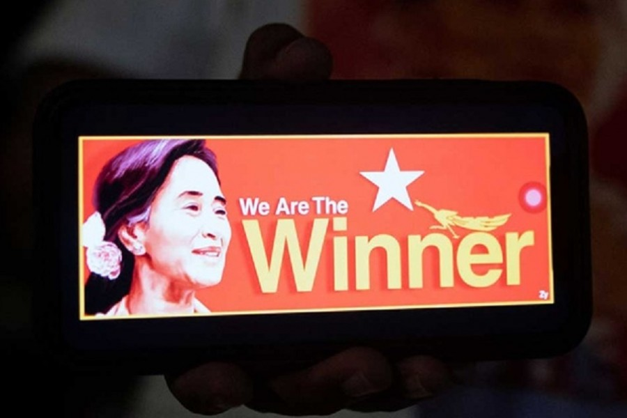 Suu Kyi's party claims victory in Myanmar as its vote tally shows lead