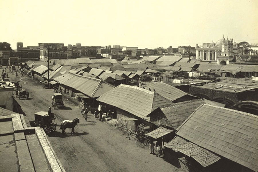 This is a view of Chawkbazar in Old Dhaka taken by Fritz Kapp in 1904. Courtesy: British Library Online Gallery