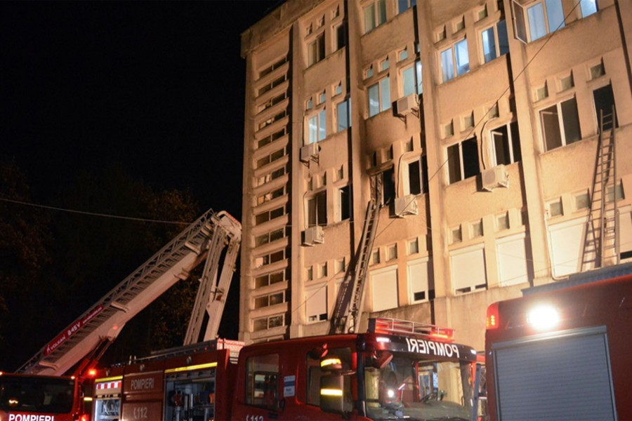 Fire kills 10 Covid-19 patients at Romanian hospital