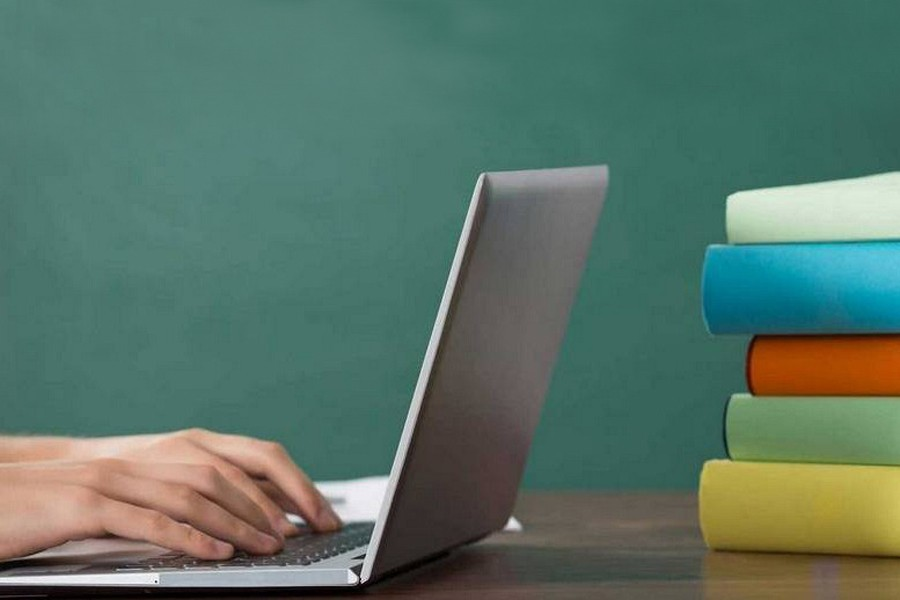 10pc students unable to participate in online classes: Dipu Moni