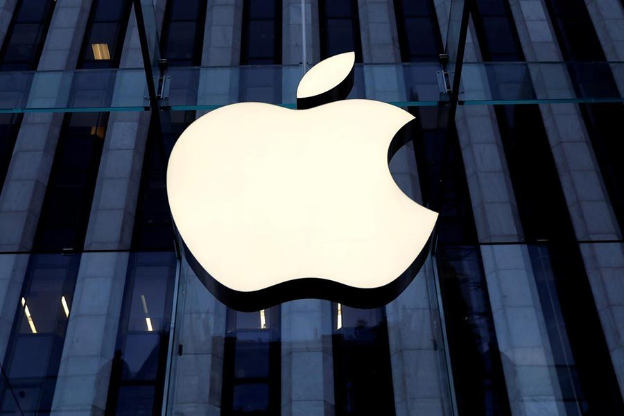 Italy fines Apple 10m euros for misleading commercial practices