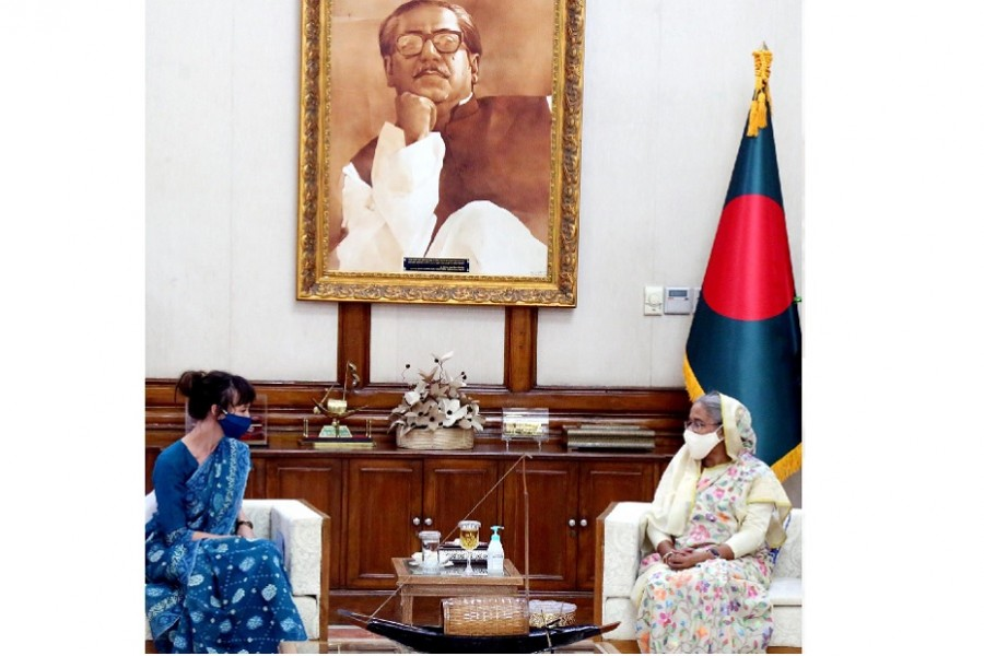 PM says SEZs promising places for Swedish, Spanish investors