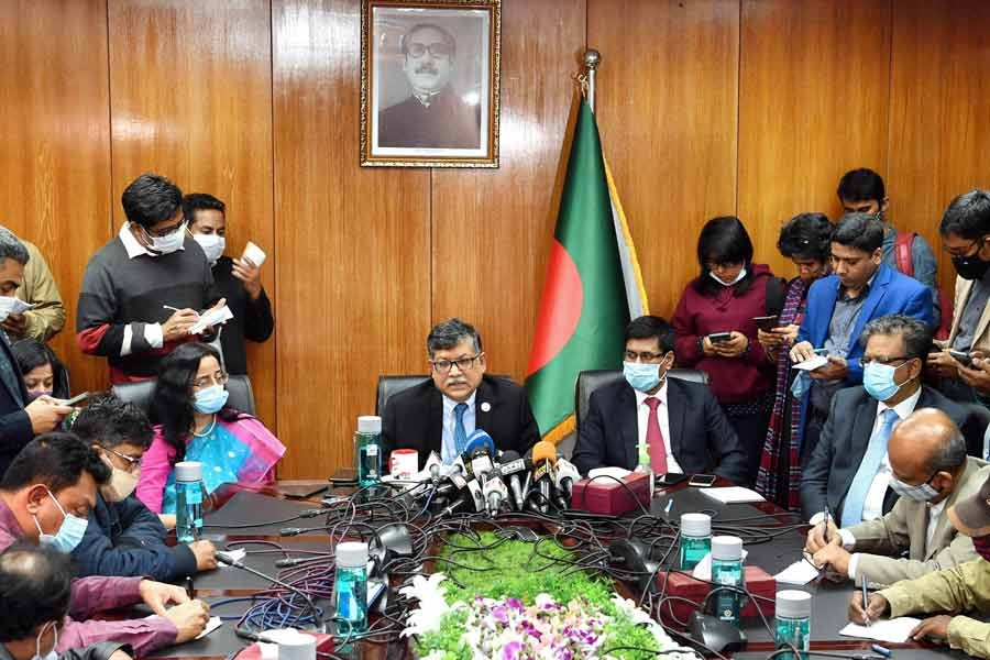 Foreign Secretary Masud Bin Momen addressing a press conference at the foreign ministry after a trilateral virtual meeting among Bangladesh, China and Myanmar on repatriation of Rohingya refugees on Tuesday –PID Photo