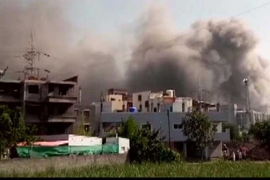 A big fire breaks out at a plant being built for the Serum Institute of India (SII), the world's biggest vaccine maker. Photo taken via ANI